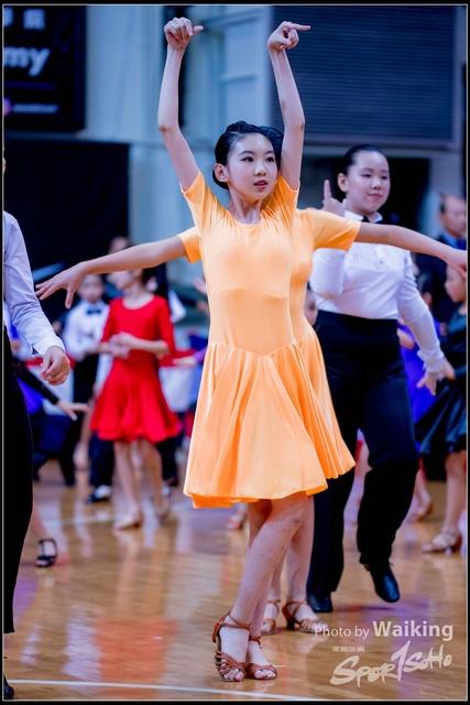 2018-12-02 Dance 0009