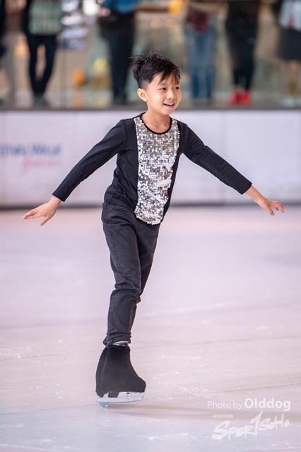 Skating-10