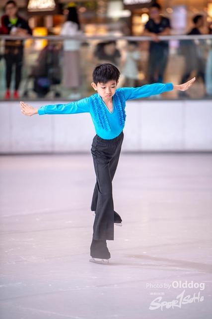 Skating-17