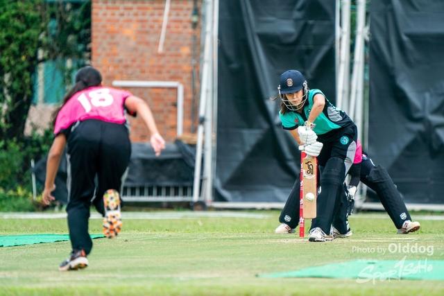Cricket-9